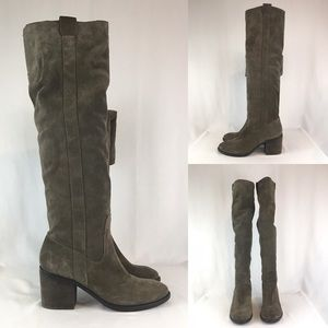 BCBG Generation Tall Brown Suede Boots 10M